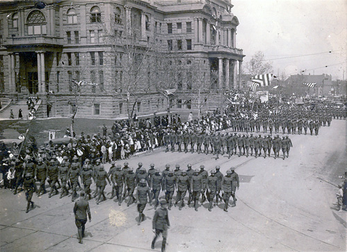 Courthouse parade WWI