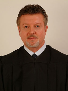 Judge_Tom_Lowe